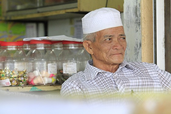 This pakci sells the best nasi lemak in town