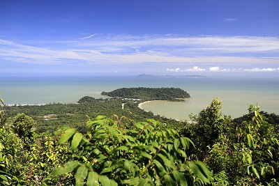 The stunning view from Gunung Arong's Inspiration Point